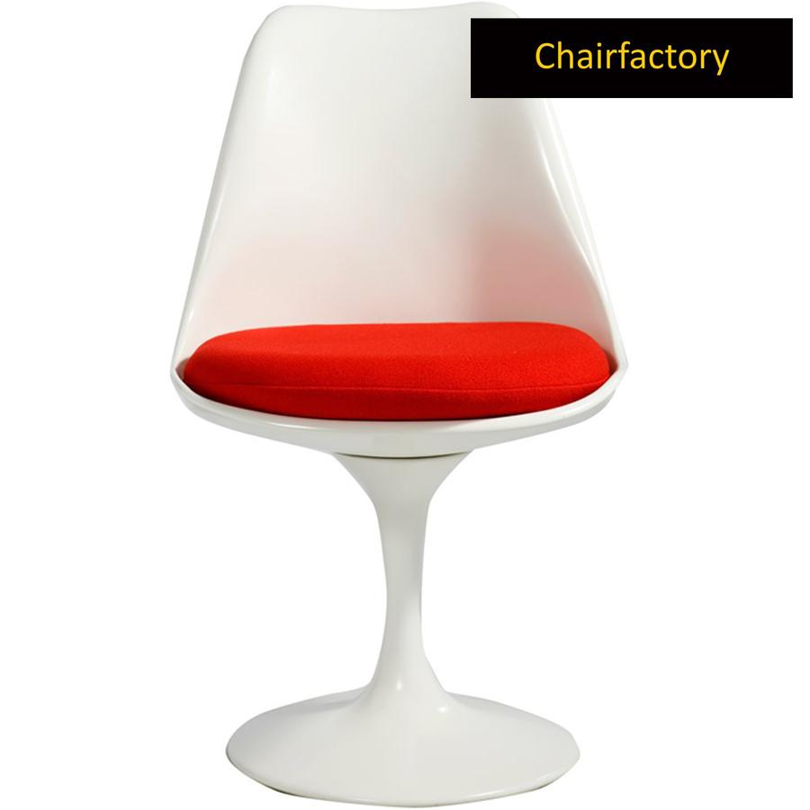 Eero Saarinen Tulip Chair Replica