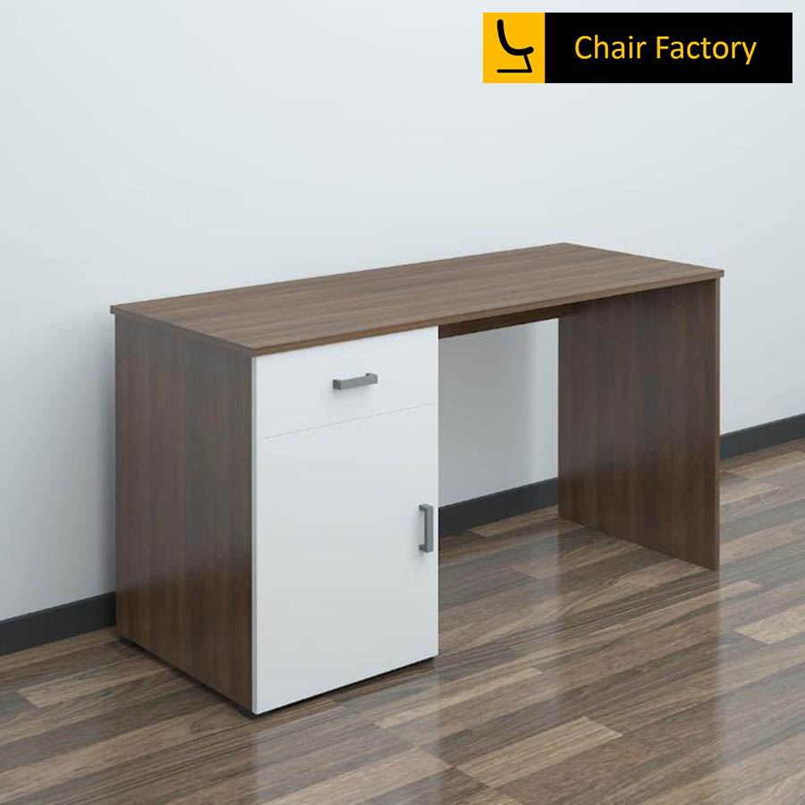 Elemento Office Table